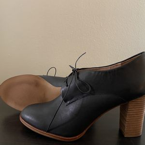 MADEWELL Bette Lace-up High Heel Oxford | Size 9 for Sale in Bailey's Crossroads, VA