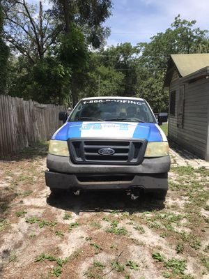 2006 Ford F-150 XLT Pickup 8 FT for Sale in Tampa, FL