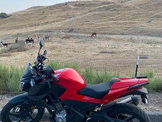 2015 Honda CB300F ~3700 Miles for Sale in San Jose,  CA