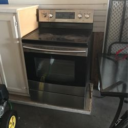 Electrical Stove $150 for Sale in Everett,  WA
