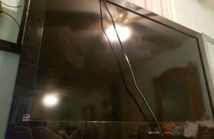 Flat screen TV 40 inch Emerson for Sale in San Jose, CA