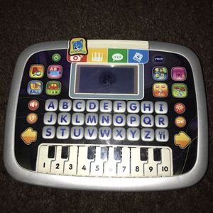 Kids VTech, Little Apps Tablet, Tablet for Toddlers, Learning Toy B006 for Sale in Whittier, CA