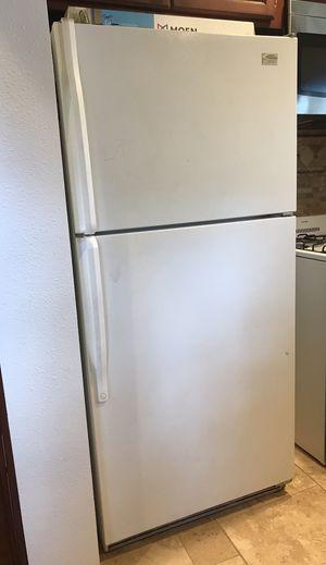 Whirlpool Refrigerator for Sale in Big Bear, CA