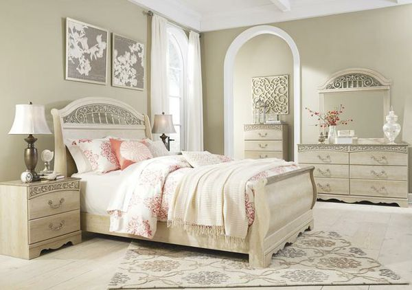 🍃good price🍃Catalina Antique White Sleigh Bedroom Set