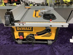 🛠💥🧰 Dewalt 15 Amp 10 in. Table Saw with Site- Pro Guarding System! Only $280! 🛠💥🧰 for Sale in Irving, TX