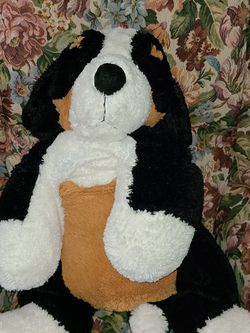 PLUSH TOY BERNESE MOUNTAIN DOG for Sale in Manteca,  CA