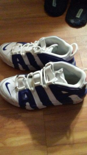 Nike More Uptempo sz 9 for Sale in San Marcos, TX