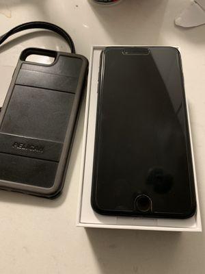 iPhone 7 Plus unlocked 32gb for Sale in Boston, MA