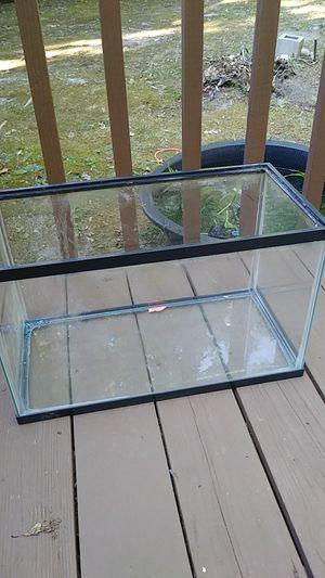 10gal fish tank for Sale in Powhatan, VA