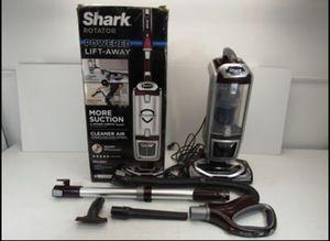 Shark NV752 Rotator Powered Lift Away True Pet Vacuum for Sale in Norwalk, CA