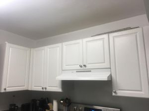 Used white kitchen cabinets - $120 OBO for Sale in Hollywood, FL