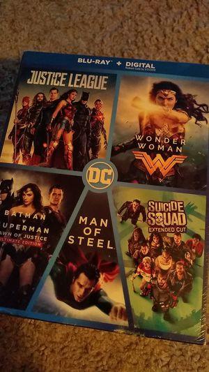 DC Universe Blu Ray DVD Boxset for Sale in Rock Island, IL
