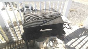 Charcoal bbq also works as a smoker for Sale in Tracy, CA
