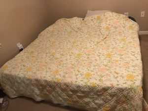 King size bed / cushion top for Sale in Perry, GA