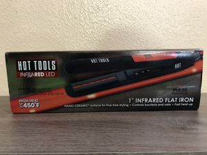 Hot Tools Flat Iron Hair Straightener for Sale in Tucson, AZ