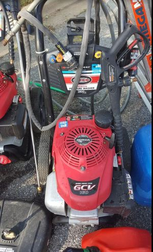 HONDA MOTOR SIMPSON PRESSURE WASHER ( BRAND NEW HOSE AND GUN ) $350 WASH HOMES AND VEHICLES for Sale in Upper Marlboro, MD