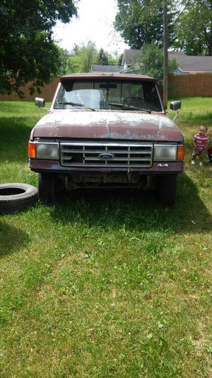 Ford f-150 crew cab 4x4 and 17 in tires for Sale in Chase, MI