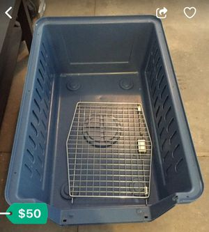 Large dog crate! Price drop! for Sale in Boston, MA