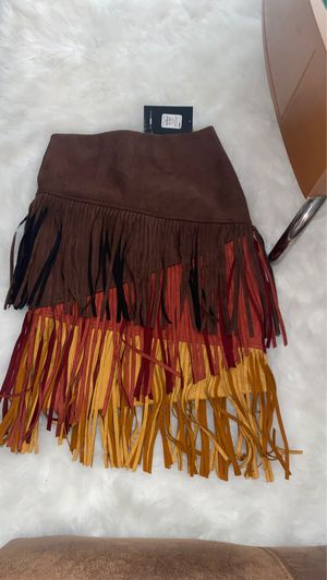 Fashion nova fringe skirt for Sale in Palm Springs, FL
