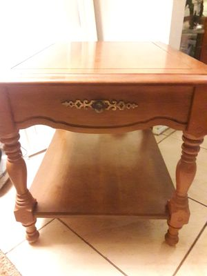 Antique side table for Sale in Buena Park, CA