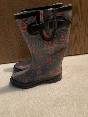 Women's Rain Boots Size 8 for Sale in Milford, OH