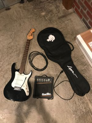 Washburn guitar with amp cable and bag for Sale in Graham, WA