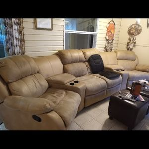 Beautiful Entertainment Sofa.. MUST SEE for Sale in Plant City, FL