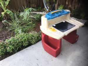 Desk for kids for Sale in Pembroke Pines, FL