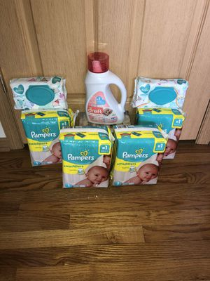 Pampers Swaddlers Bundle - Size 1 for Sale in Markham, IL