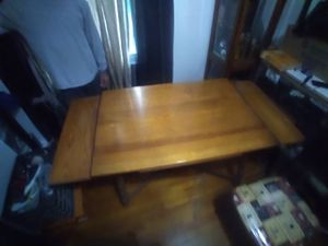 Older kitchen table and chairs for Sale in Hanford, CA