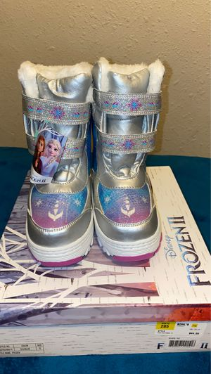 New snow boots size 12 kids for Sale in Colton, CA