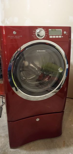 Electrolux Washer Dryer Set for Sale in Puyallup, WA