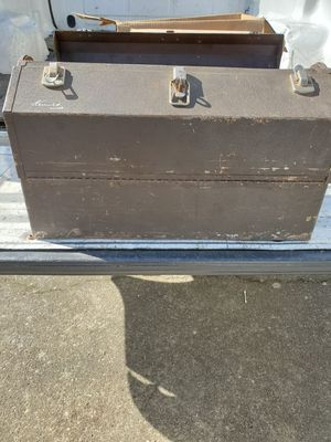 Vintage Kennedy cantilever toolbox for Sale in Saginaw, OR
