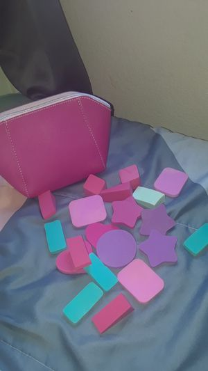 20 pc colorful beauty blenders! for Sale in Calexico, CA