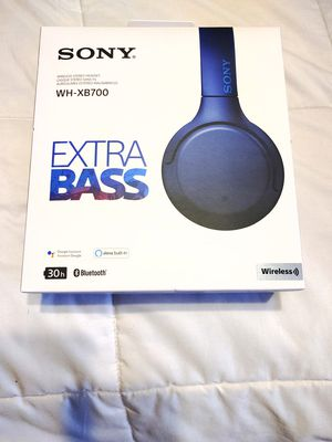 Sony WH-XB700 headphones for Sale in El Paso, TX