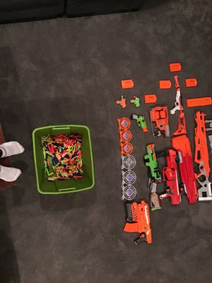 10 Nerf guns, 6 targets, 11 ammo clips for Sale in Bothell, WA