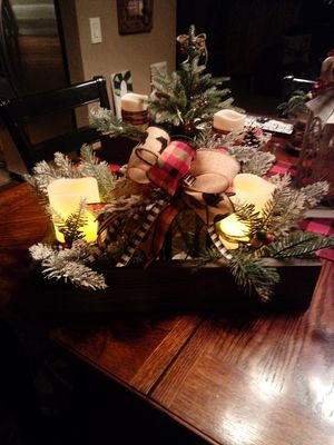 Christmas center piece for Sale in Puyallup, WA