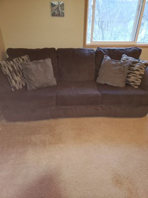 Couch over sized Ashley Furniture for Sale in Sumner, WA