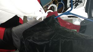 Size 6 classic suits for Sale in Raleigh, NC