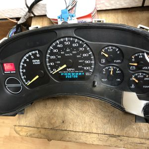2001 Chevy GMC Gauge Cluster for Sale in Manteca, CA
