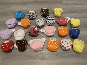 Lot of 22 newborn cloth diapers for Sale in Greenville, SC