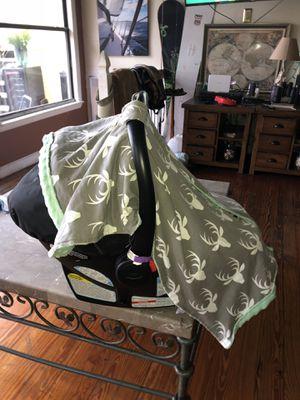 Car seat graco snugride 30 click connect for Sale in Orlando, FL