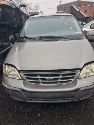 2000 FORD WINDSTAR -Parts truck for Sale in Philadelphia, PA