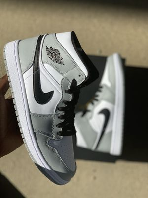Jordan 1 smoke grey for Sale in Valley View, OH