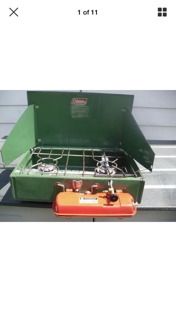 Coleman Vintage stove 1977