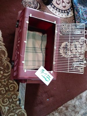 Dog or cat crate medium size for Sale in Salinas, CA
