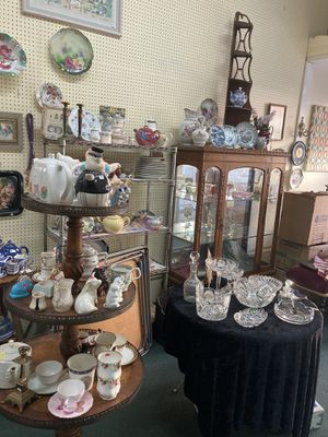 Antique Store Moving Sale for Sale in Santa Ana, CA
