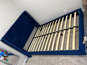 Bed frame (full) suede abs tufted for Sale in Fairfield, CA