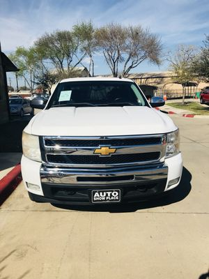 2009 chevy silverado $2,000 Down Payment for Sale in Austin, TX
