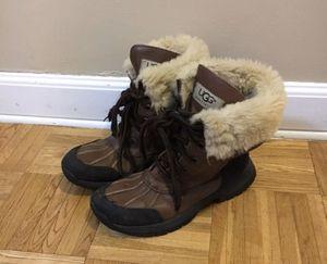 Ugg Adirondack brown girl / youth 3 boots for Sale in Wahiawa, HI